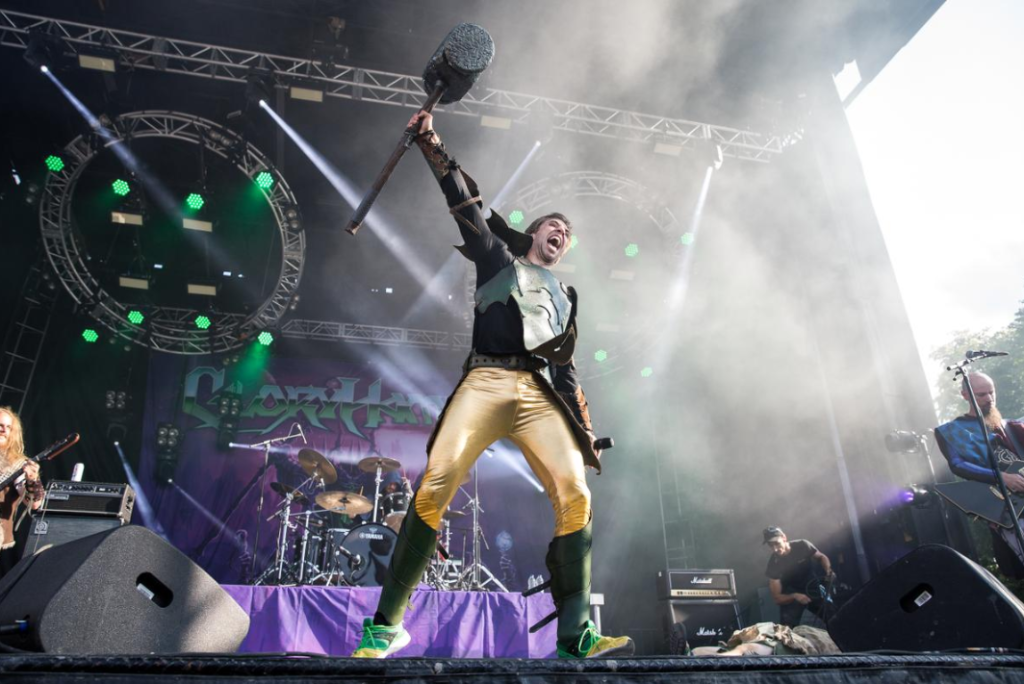 Thomas Winkler et ses collègues de Gloryhammer. Photo courtoisie evenko-Pierre Bourgault